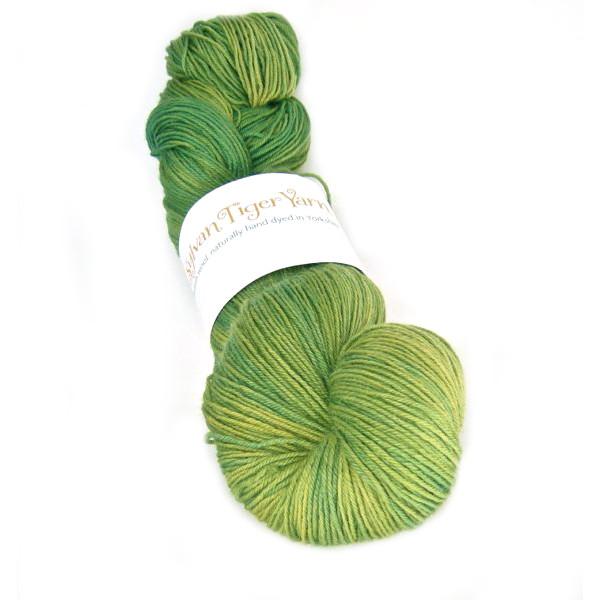 Tethera 4ply - Leafy Green