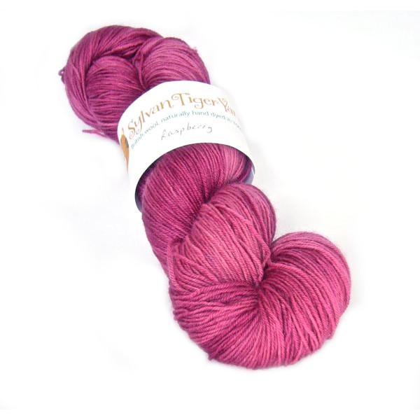 Tethera 4ply - Raspberry